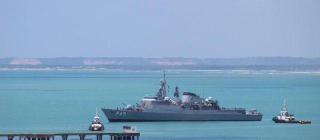 Fragata União, navio de guerra, atracado em Maceió abre visitação esse fim de semana